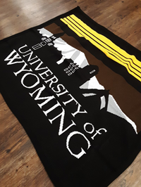 Uscape® Retro Skyline Tapestry Woven Blanket