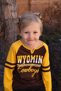 Colosseum® Youth Girls Wyoming Cowboys Long Sleeve Tee
